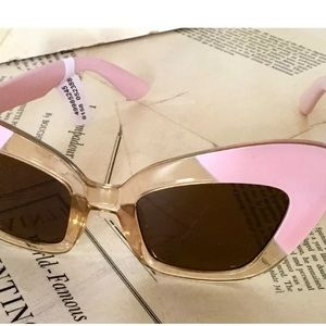 Free People Sunglasses CatEye 2Tone Pink Amber Len